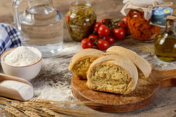 Pane a Biscotto - Azienda Agricola l'Uliveto
